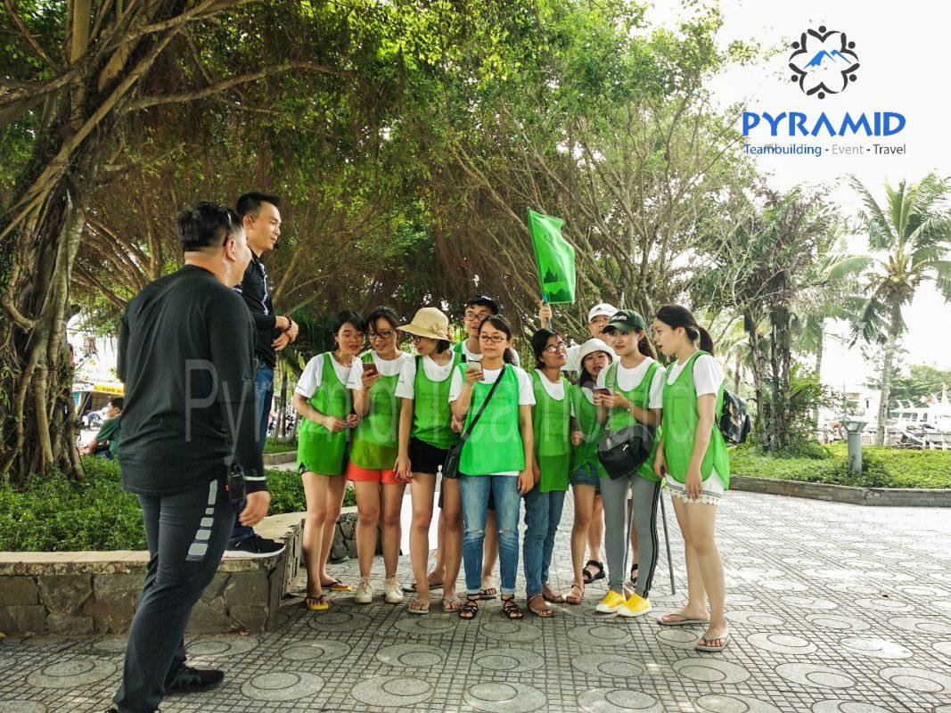 Pyramid teambuilding